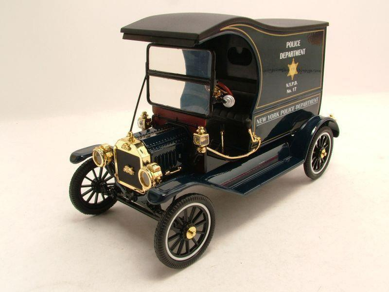 Ford Model T Police Paddy Wagon NYPD Black 1/18 Die-Cast Vehicle