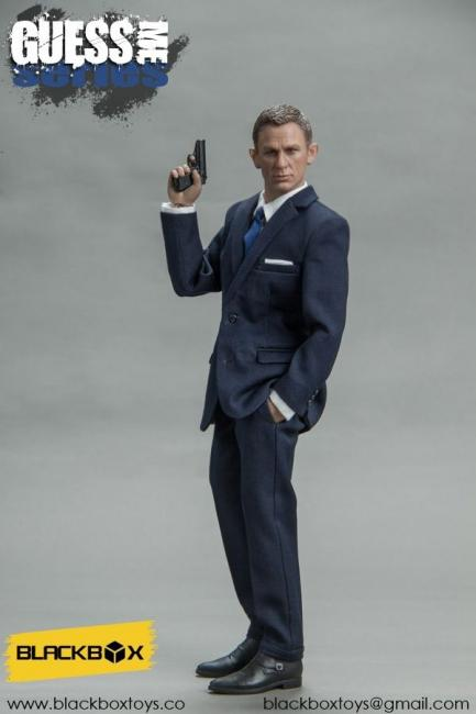 Daniel Craig As James Mi 6 Agent Aka James Bond Dark Blue