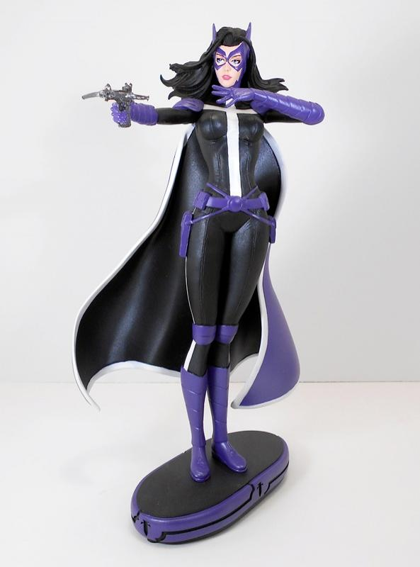 Huntress Cover Girls Statue