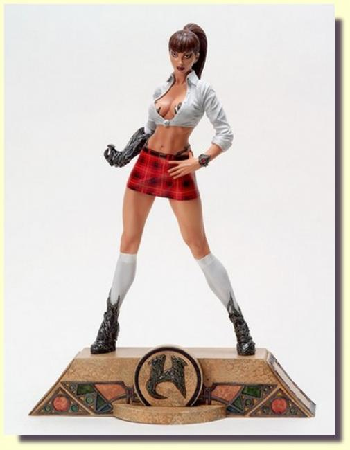Witchblade Schoolgirl Sexy Exclusive Statue