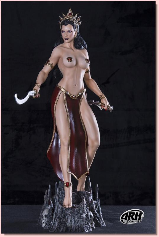 Arkhalla the Queen of Vampires FIGHT Quarter Scale Exclusive Statue (ihned skladem)