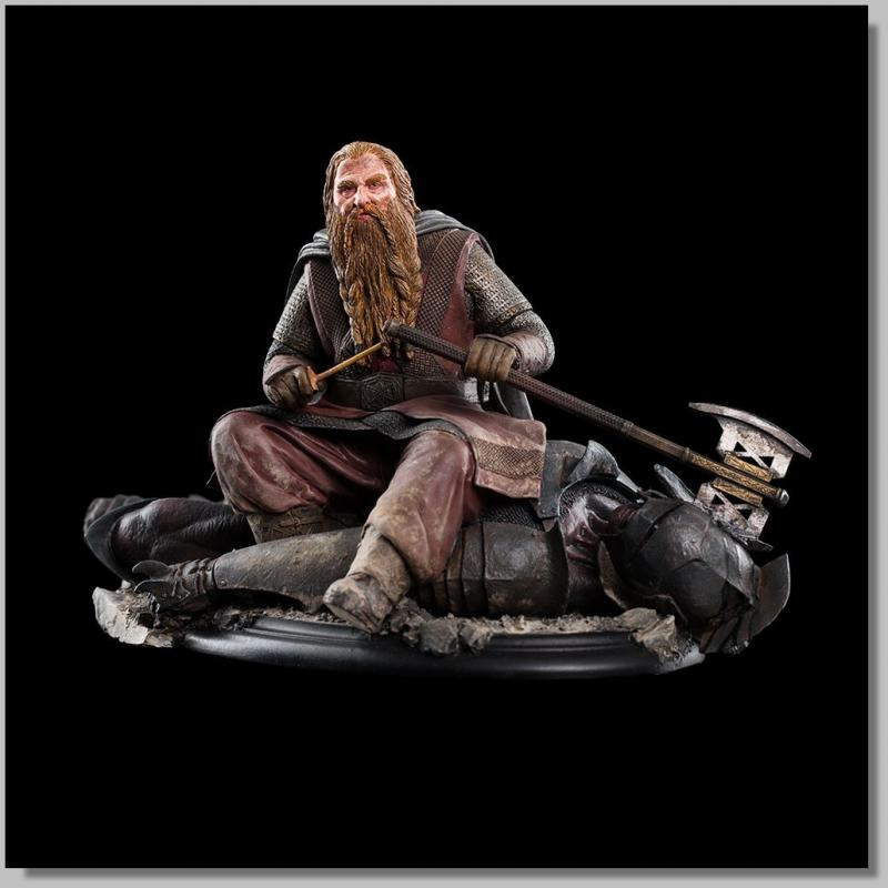 Gimli The Dwarf On Uruk-Hai Statue 43 z Pána Prstenů