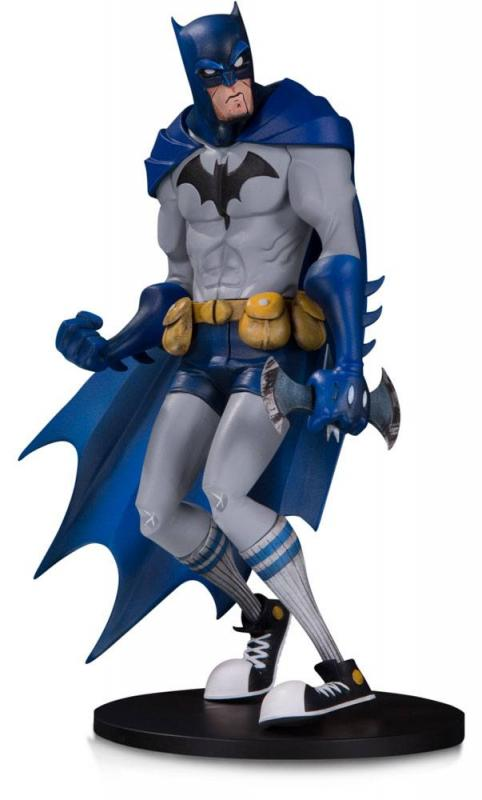 Batman Hainanu Nooligan Saulque DC Artists Alley Statue