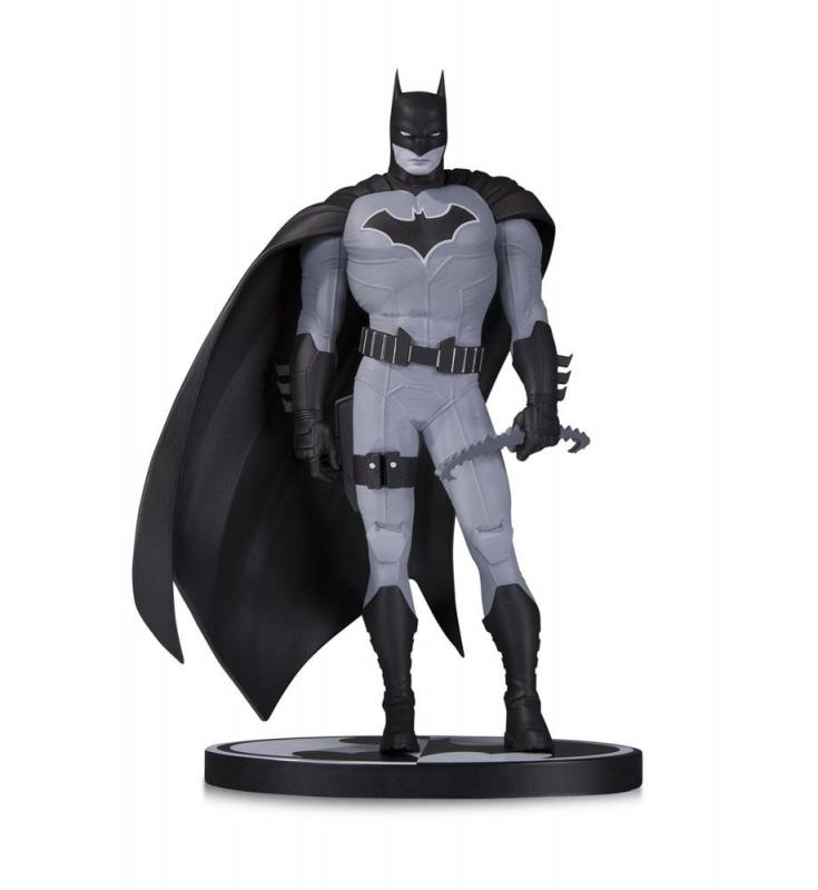 Batman John Romita Jr. 1/10 Black & White Statue