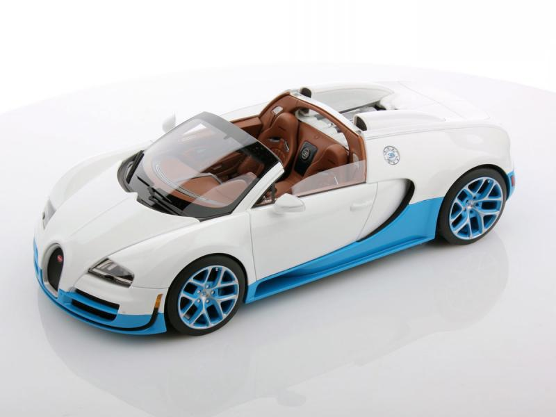 Bugatti Veyron 16.4 Grand Sport Vitesse Paris Motorshow 1/18 Die-Cast Vehicle