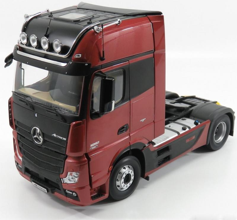 Mercedes-Benz Actros 2 Gigaspace 4x2 SZM FH25 Truck Wine Red 1/18 Die-Cast Vehicle