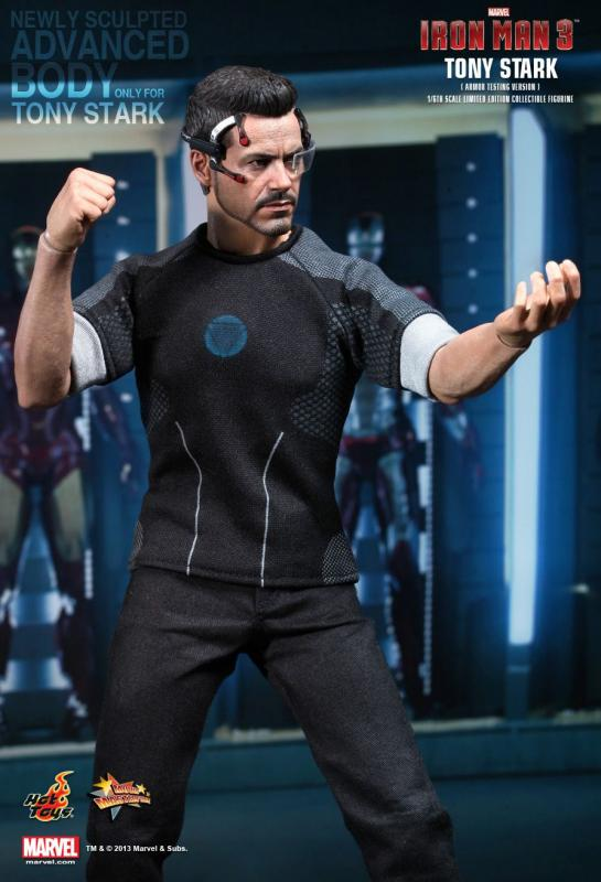 Robert Downey Jr As Tony Stark Armor Testing The Iron Man 3 Sixth Scale Collectible Figure