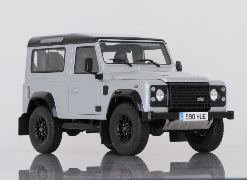 Land Rover Defender 90 Silver 1/18 Die-Cast Vehicle