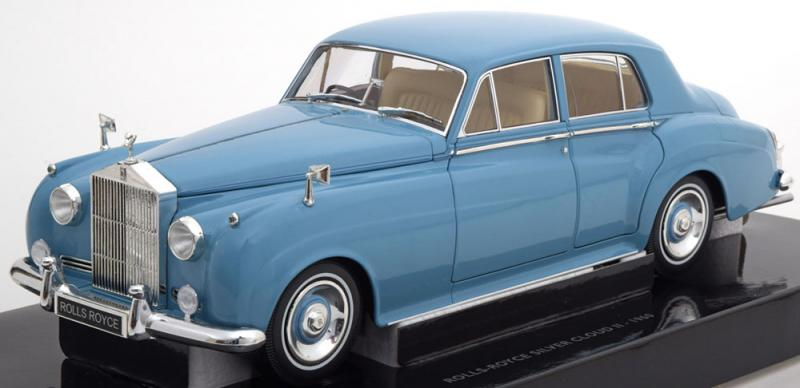 Rolls Royce Silver Cloud II 1960 Light Blue 1/18 Die-Cast Vehicle