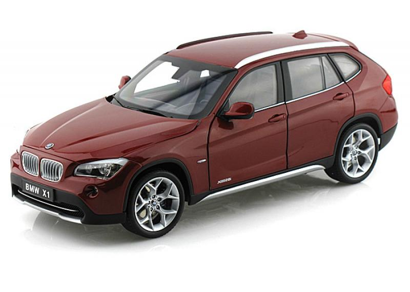 BMW X1 xDrive 28i (E84) Vermillion Red 1/18 Die-Cast Vehicle
