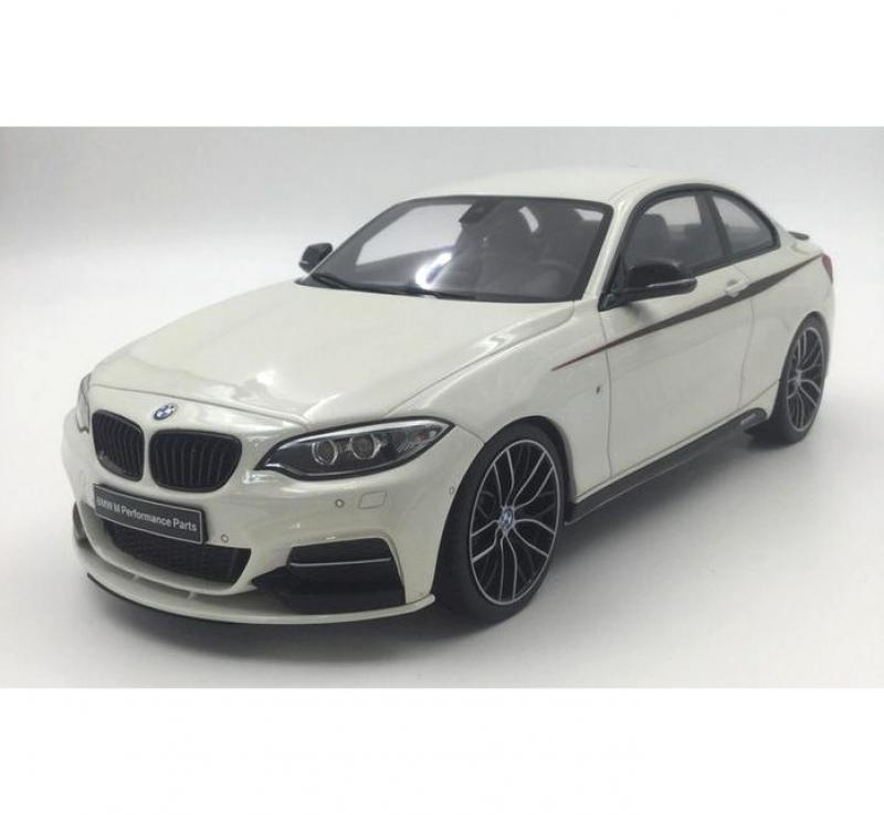 BMW M235I M Performance Package White 1/18 Die-Cast Vehicle