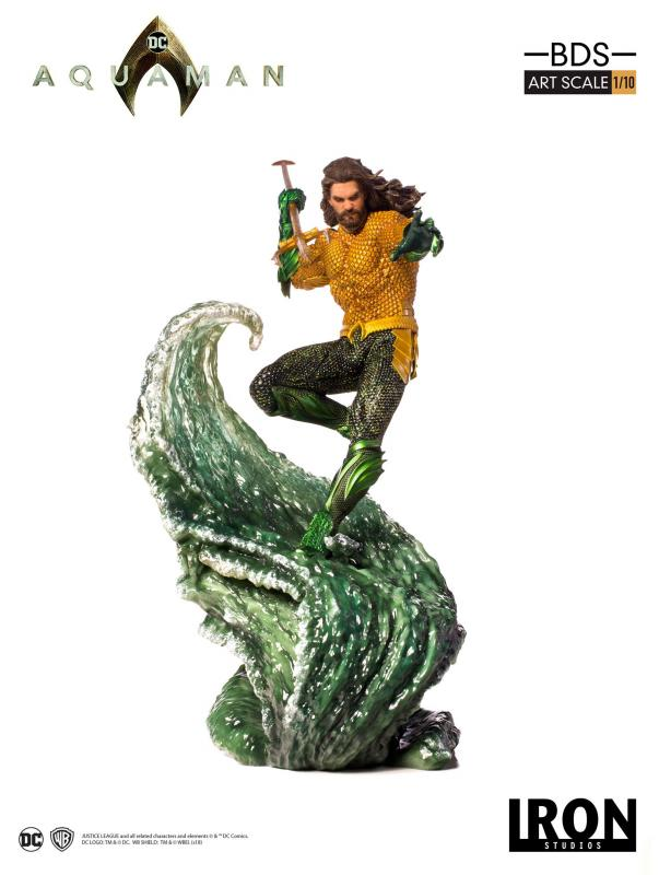 Aquaman Atop Translucent Water Effect Art Scale 1/10 Statue