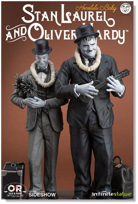 Stan Laurel and Oliver Hardy Honolulu Baby Statue Set
