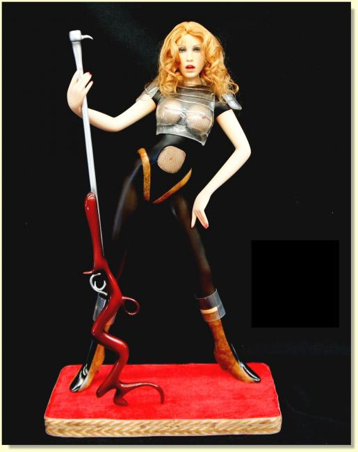 Queen Of The Galaxy Warrior ZTC Quarter Scale Statue
