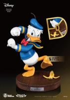 Donald Duck Miracle Land Statue