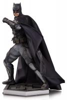 Batman Tactical Suit Superman Justice League Movie Statue