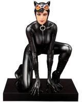 Catwoman On Knees ARTFX+ 1/10 Statue