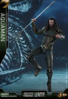 Aquaman Sixth Scale Collectible Figure