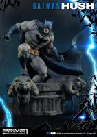 Batman Atop The Rams Heads Base HUSH DC Comics Third Scale Statue