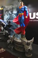 Superman Sculpt Cape Atop The Angels Base HUSH Third Scale Statue
