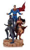 Wonder Woman, Batman and Superman DC Designer Series Jason Fabok Trinity Statue Diorama