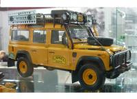 Land Rover Defender 110 Camel Trophy 1/18 Die-Cast Vehicle