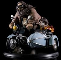 Harry Potter & Half-Giant Rubeus Hagrid On Magical Motorcycle Q-Fig MAX Diorama