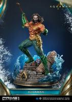 Aquaman Atop The Ancient Ruins Base DC Comics Statue Diorama