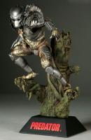 Predator Atop The Tree Base Statue Diorama