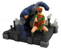 Batman & Robin The Dark Knight Returns DC Comic Gallery Statue Diorama