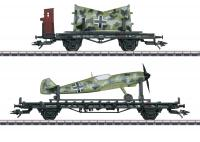 Two-Axle Sm Augsburg And H Regensburg DR HO Flat Cars & Brakemans Cab With Messerschmitt BF 109 Airplane Loads  2 plošinové vozy s letadlem