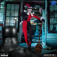 Harley Quinn Deluxe One:12 Collective Action Figure